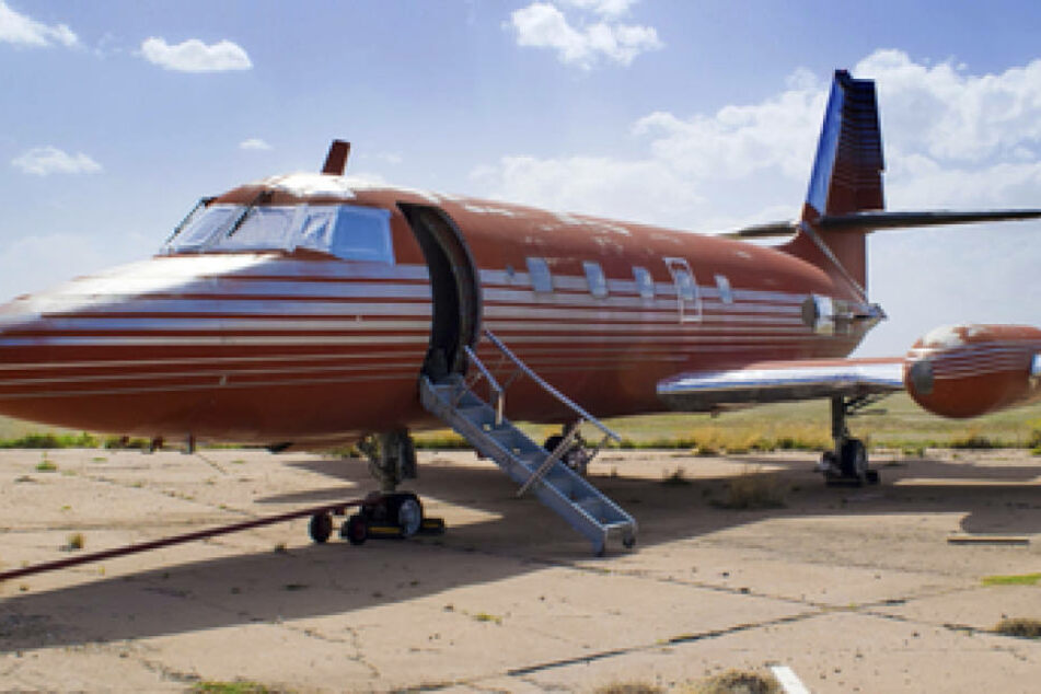 Seit mehr als 30 Jahren steht das Schmuckstück auf einem Flugplatz im US-Bundesstaat New Mexico