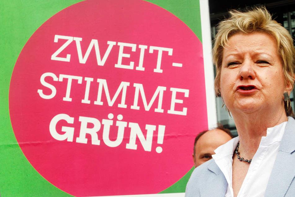 Mit Wahlkampfauftritten, wie hier am Sonntag in Bochum, versucht Sylvia Löhrmann Wählerstimmen zu gewinnen.