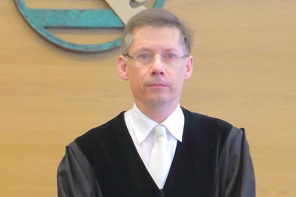 Richter Hans Schlüter-Staats (56) verhandelt den bisher längsten Wirtschaftsprozess im Freistaat.