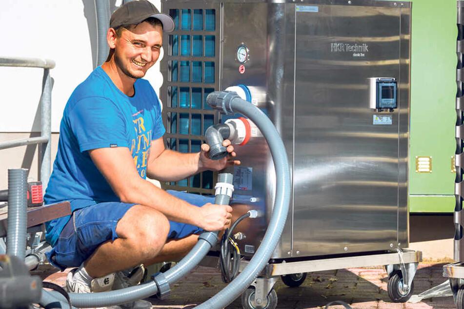 Jetzt gibt es eine Erfrischung für die Pingus: Die neue Wasserkühlung dient auch der Keimreduzierung.