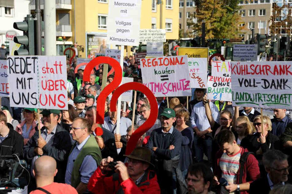 Bereits am 14. Oktober kamen Hunderte Landwirte in Bonn zusammen.