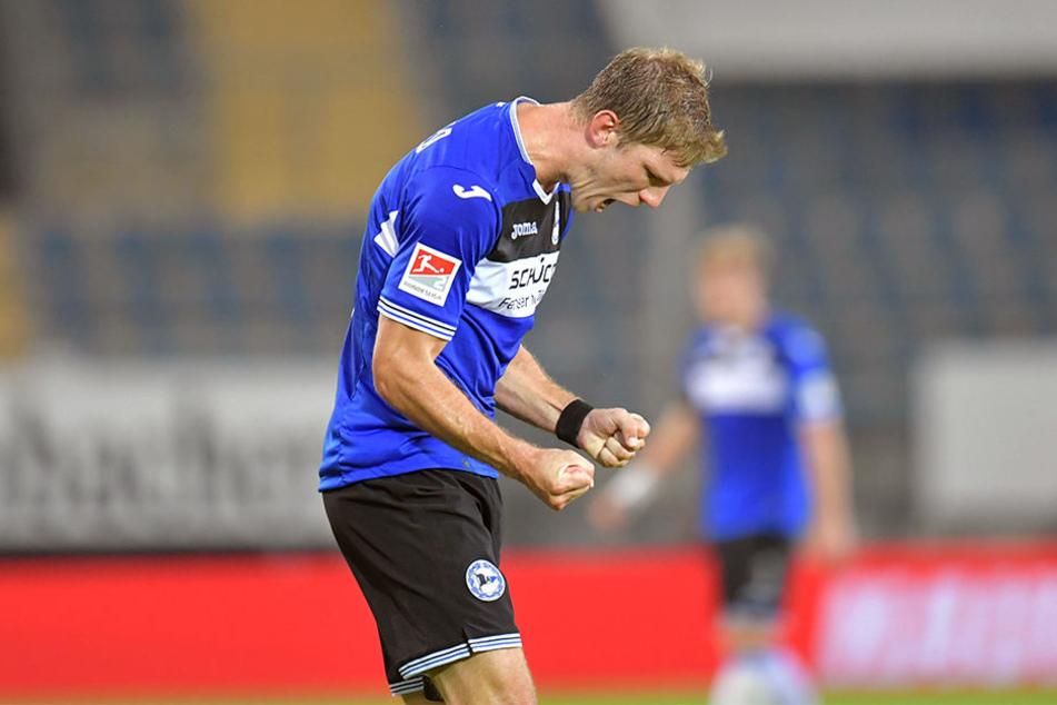 Fabian Klos durfte sich am Mittwochabend gleich über einen Doppelpack freuen. Insgesamt schoss er sogar drei Tore in dem Freundschaftsspiel.