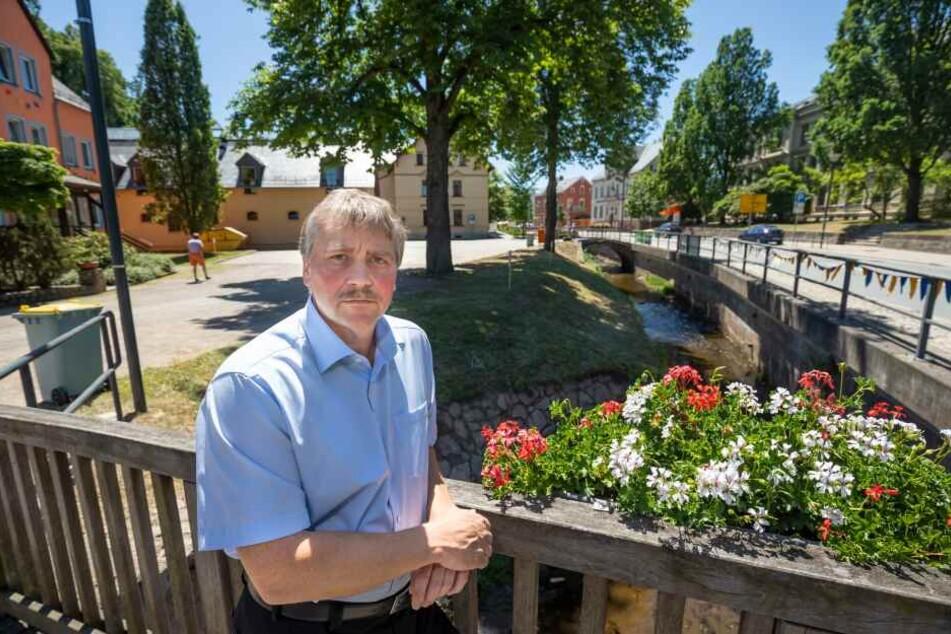 Bürgermeister Erik Seidel (53, parteilos) ist noch immer fassungslos.