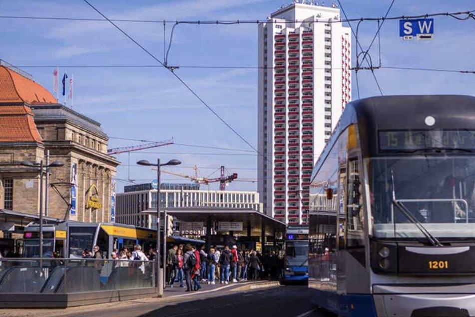 Rohrschaden sorgt für Verkehrsbehinderungen am Hauptbahnhof