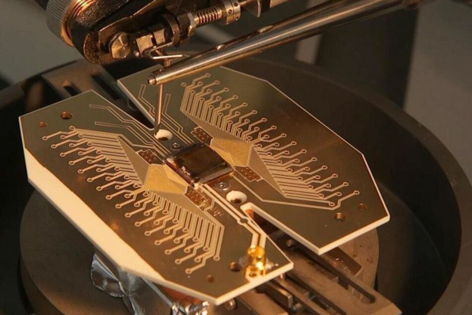 """Der Prototyp des Kerns des """"Quanten-Computers"""". In zwei Jahren soll der erste Entwurf bereits laufen."""