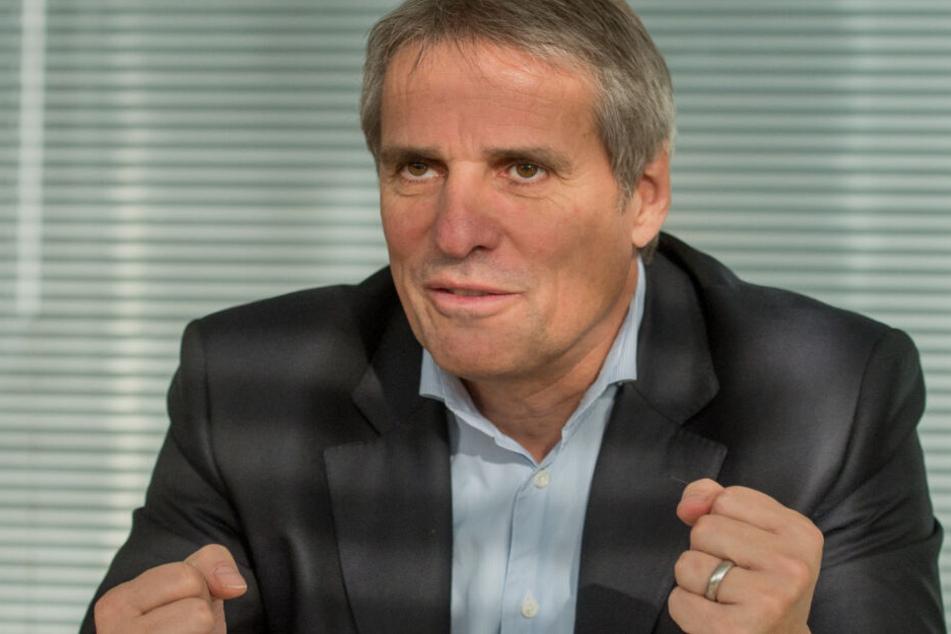 Wilfried Porth (60) ist Vorstandsmitglied der Daimler AG und sitzt im Aufsichtsrat der VfB Stuttgart 1893 AG.