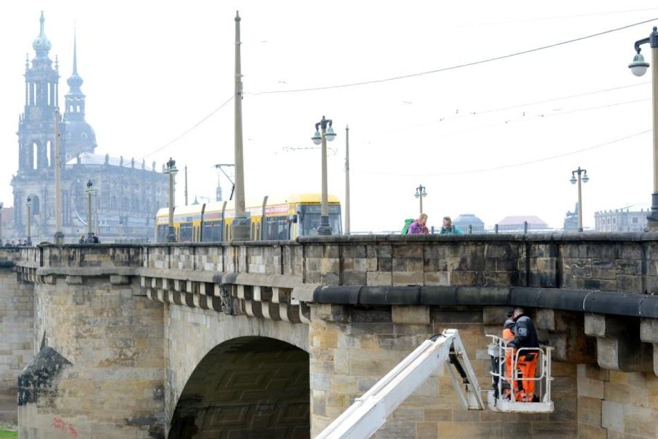 Ab 18. April ist die Augustbrücke wegen Bauarbeiten für Autos gesperrt.
