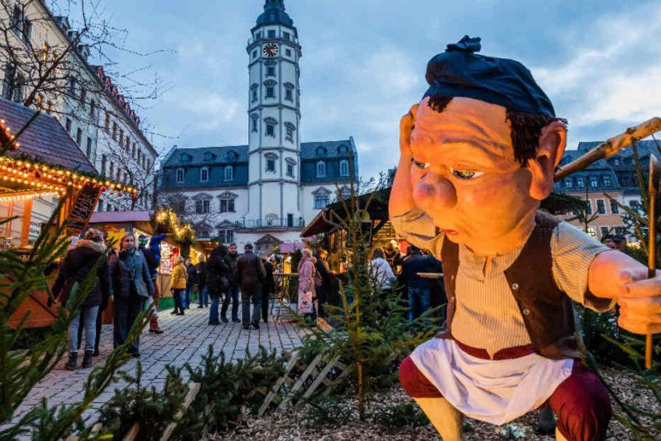 Gera lockt Besucher mit buntem Märchenzauber auf den Weihnachtsmarkt