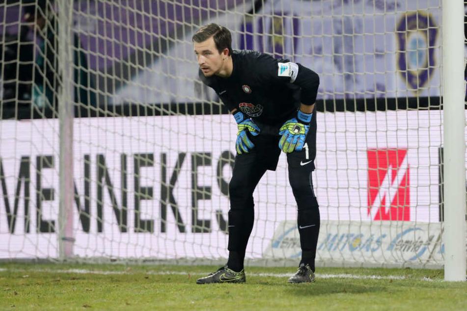 Martin Männel stand nach seiner schweren Ellenbogenverletzung im September gegen Düsseldorf erstmals wieder im Tor.