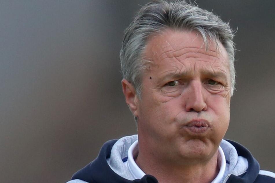 Mit der Leistung seiner Mannschaft war DSC-Coach Uwe Neuhaus unzufrieden.