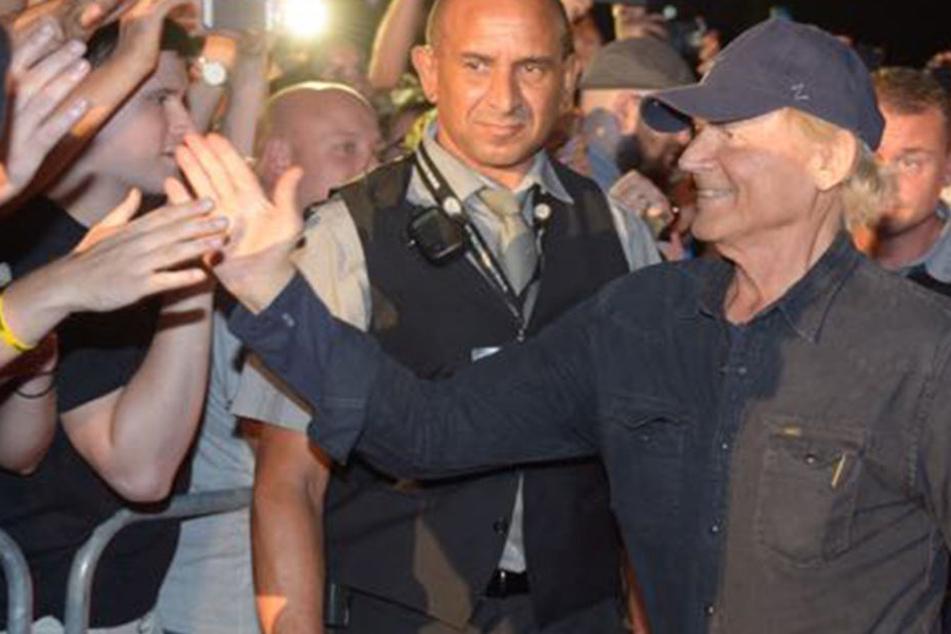 Und auf einmal war er da! Fans bejubeln Mega-Star Terence Hill in Dresden