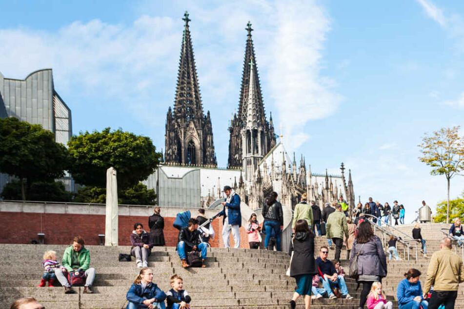 Der Großteil der Kölner lebt auf der linksrheinischen Seite.