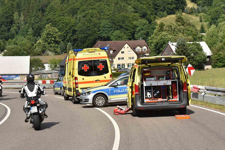 Der Motorradfahrer verstarb noch am Unfallort.