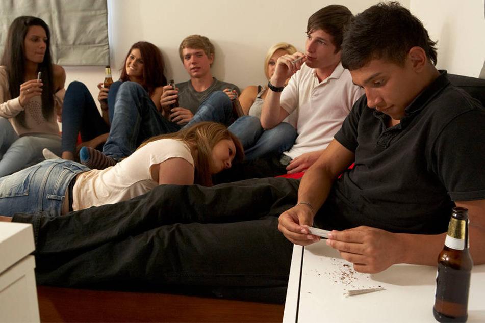 Cannabis gilt mittlerweile als weitverbreitete Partydroge von Jugendlichen (Symbolbild).