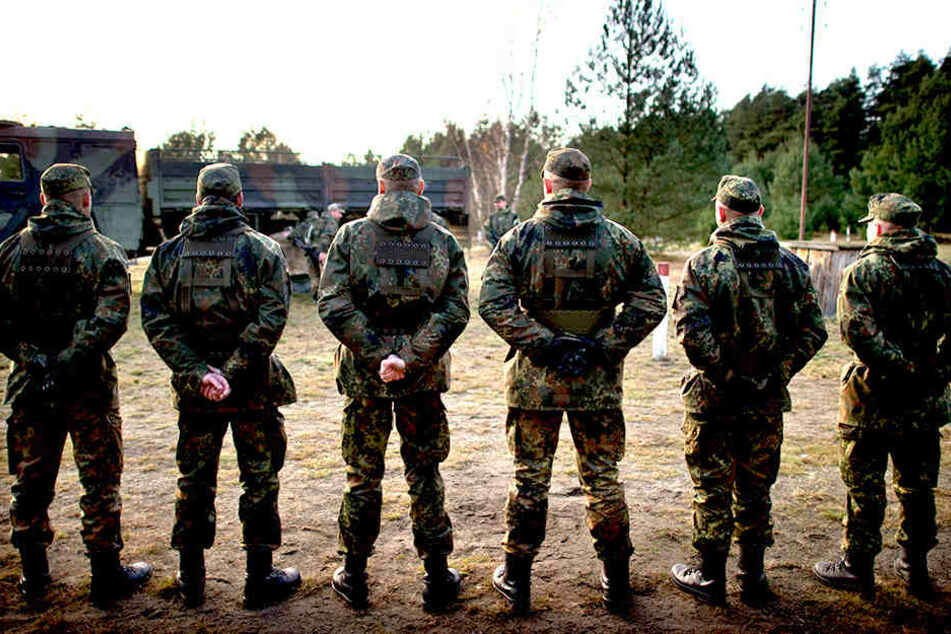 Skandal bei der Bundeswehr! Oberleutnant als Terror-Verdächtiger verhaftet