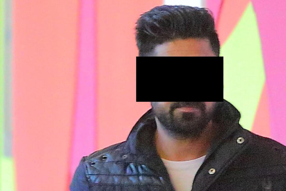 Mudasir H. (23) schlug laut Anklage mit dem Pizza-Heber zu.