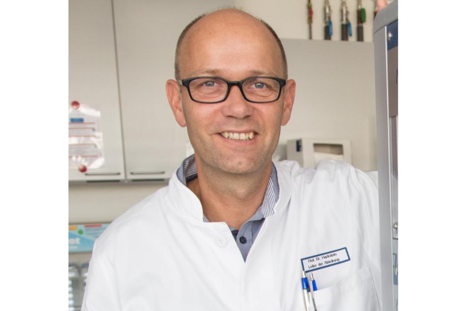 Holger Hackstein, Leiter der Abteilung für Transfusionsmedizin der Friedrich-Alexander-Universität Erlangen-Nürnberg.
