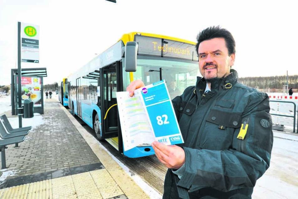 CVAG-Chef Jens Meiwald (53) schaute sich den ersten Tag in der Linie 82 persönlich an.