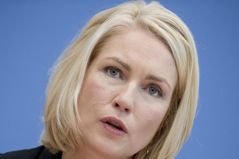 Bundesfamilienministerin Manuela Schwesig (42) möchte, dass der Verfassungschutz die AfD stärker beobachtet.