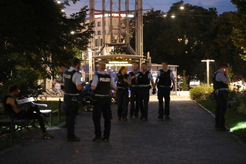 Die Polizei musste in den Park gegenüber des Hauptbahnhofs anrücken.