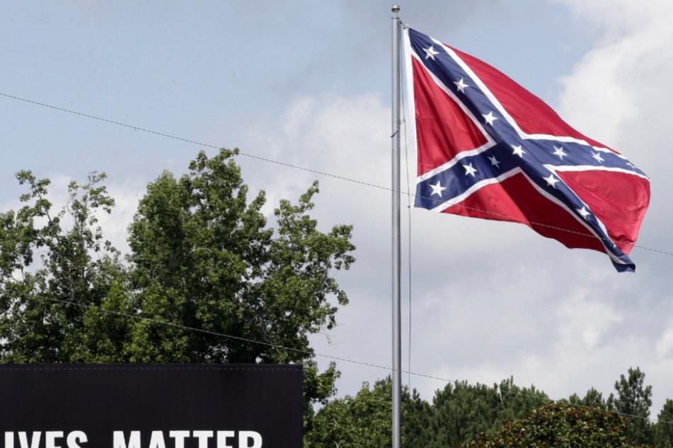 Symbol des Rassismus? Der ewige Streit um eine Flagge