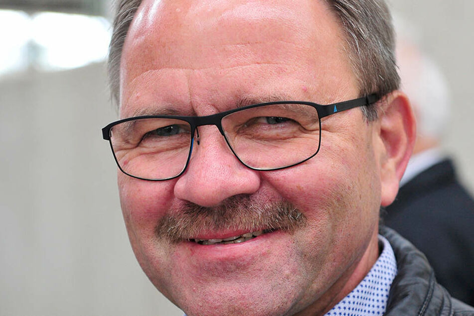 Erzgebirgsbahn-Chef Lutz Mehlhorn (55) will den EcoTrain bis 2020 bis zur  Serienreife entwickeln.