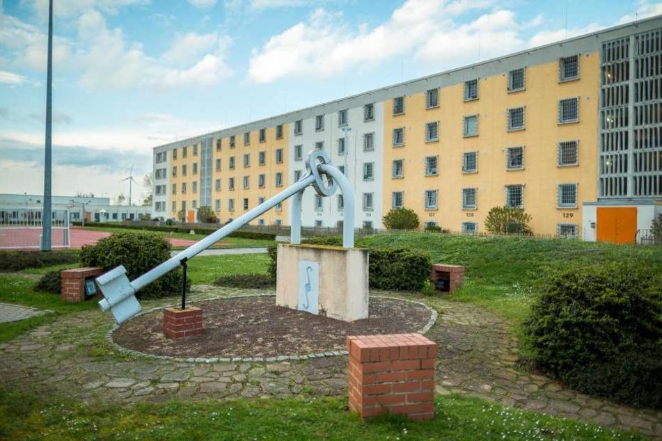 Die Justizvollzugsanstalt Zeithain. Hier wirkte Thomas Galli bis Sommer 2016.  In seiner Amtszeit spielten Häftlinge unter anderem Theater.