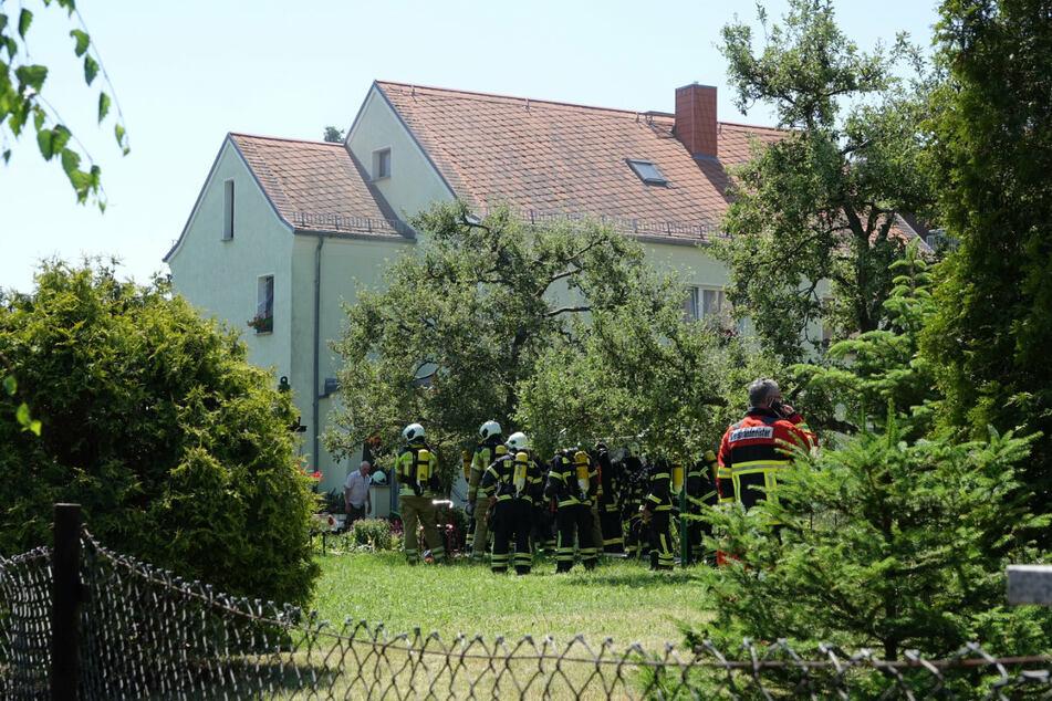 In diesem Wohnhaus in Bannewitz kam es zu einem Kellerbrand.