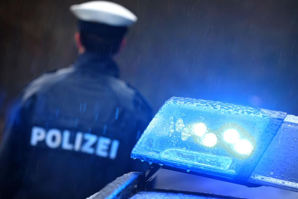 Die Polizei nahm den Mann in seiner Wohnung fest. (Symbolbild)