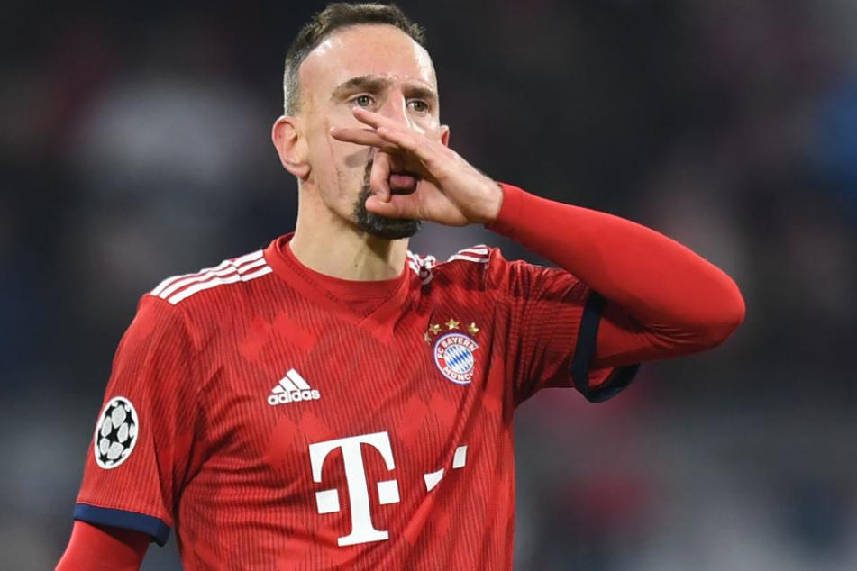 """Franck Ribéry gönnte sich in Doha ein """"Glitzersteak und löste damit einen Shitstorm aus."""
