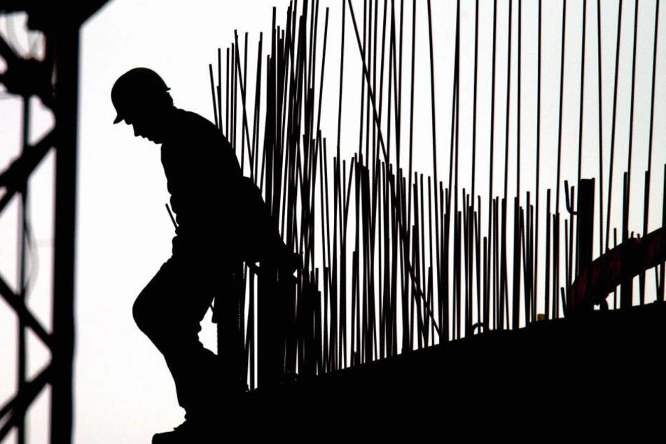 Ein Netzwerk in NRW hat Scheinrechnungen für nicht erbrachte Arbeiten ausgestellt. (Symbolbild)