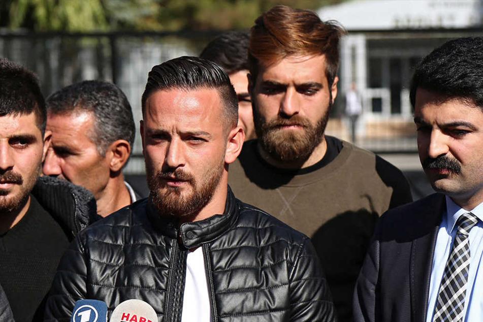 Nach dem Freispruch spricht Naki am 8. November zur Presse.