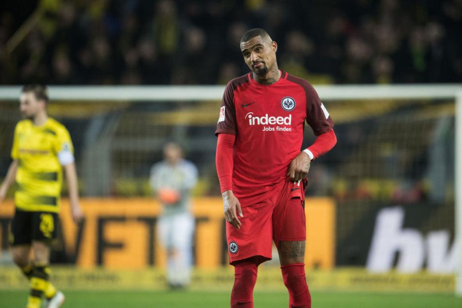 Boateng war aufgrund der Last-Minute-Niederlage in Dortmund sichtlich geknickt.