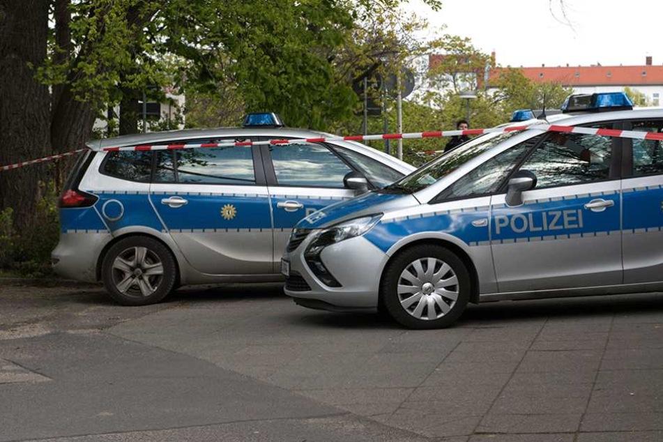Die Polizei nahm fünf Verdächtige in Tatortnähe fest (Symbolbild).