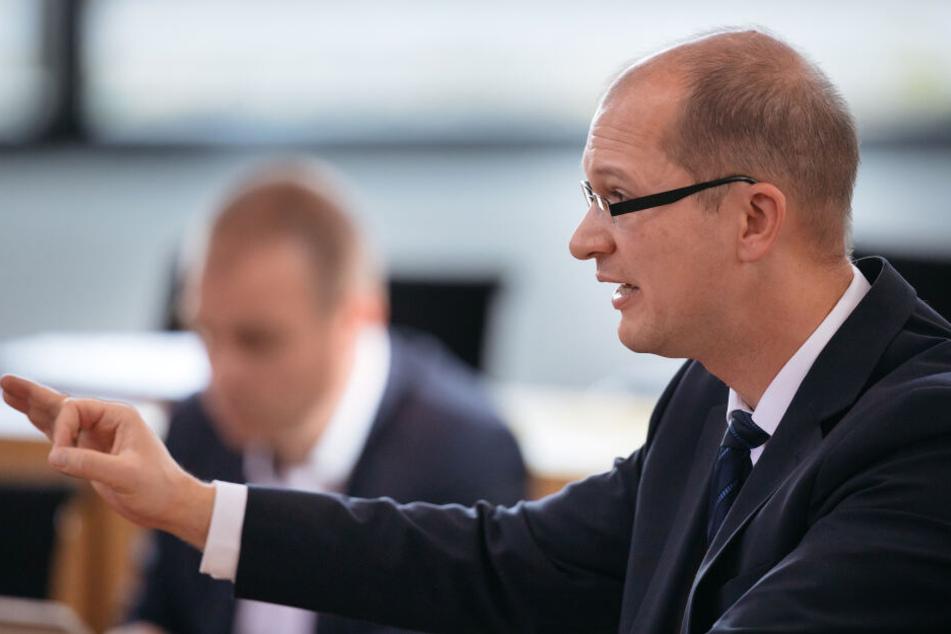 Stefan Möller, parlamentarischer Geschäftsführer der AfD-Thüringen, erklärte, dass die AfD einen geeigneten Kandidaten gefunden habe.