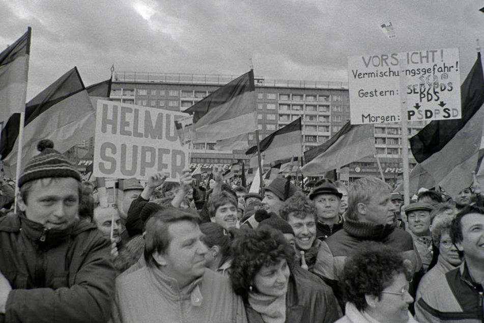 Etwa 200.000 Menschen waren gekommen um den Bundeskanzler in Karl-Marx-Stadt zu empfangen.