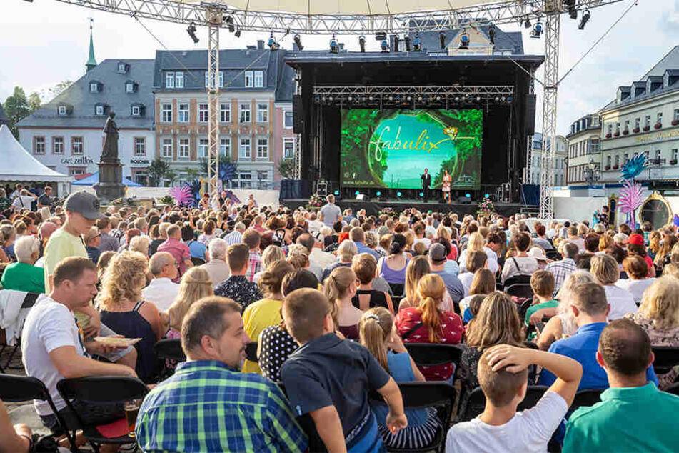 Bei strahlendem Sonnenschein wurde das Märchenfilmfest fabulix gestern eröffnet.