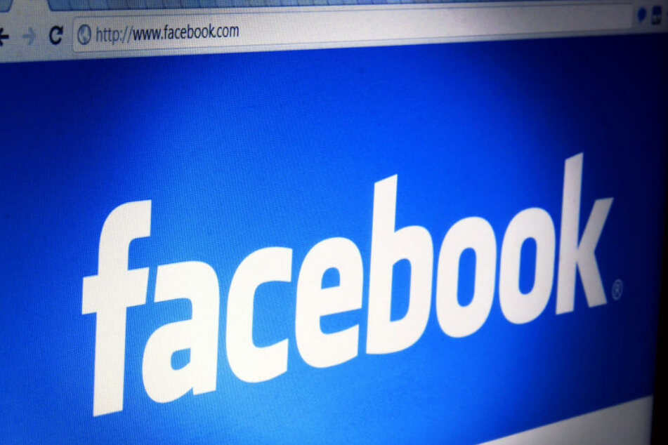 Hitler-Gruß auf Facebook: Mit den Folgen hätte ein 35-Jähriger wohl nicht gerechnet