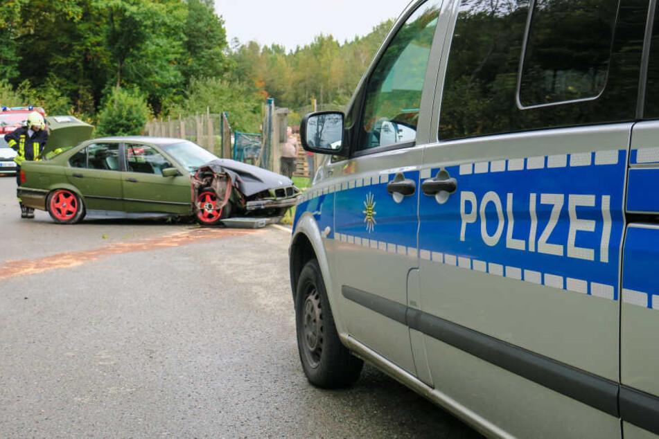 Während des Rettungseinsatzes war die Silberbachstraße in Bad Schlema vollgesperrt.