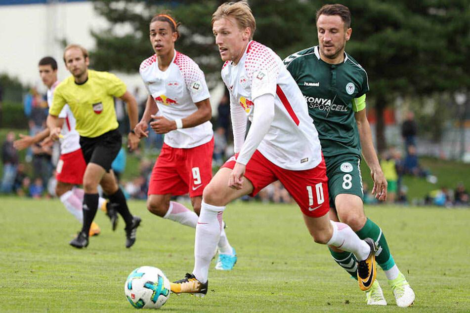 Emil Forsberg (vorn) erzielte in der 7. Minute per direktem Freistoß das Tor des Tages.