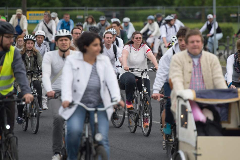 """""""Ride of Silence"""": Stille Gedenkfahrt für tote Radfahrer"""