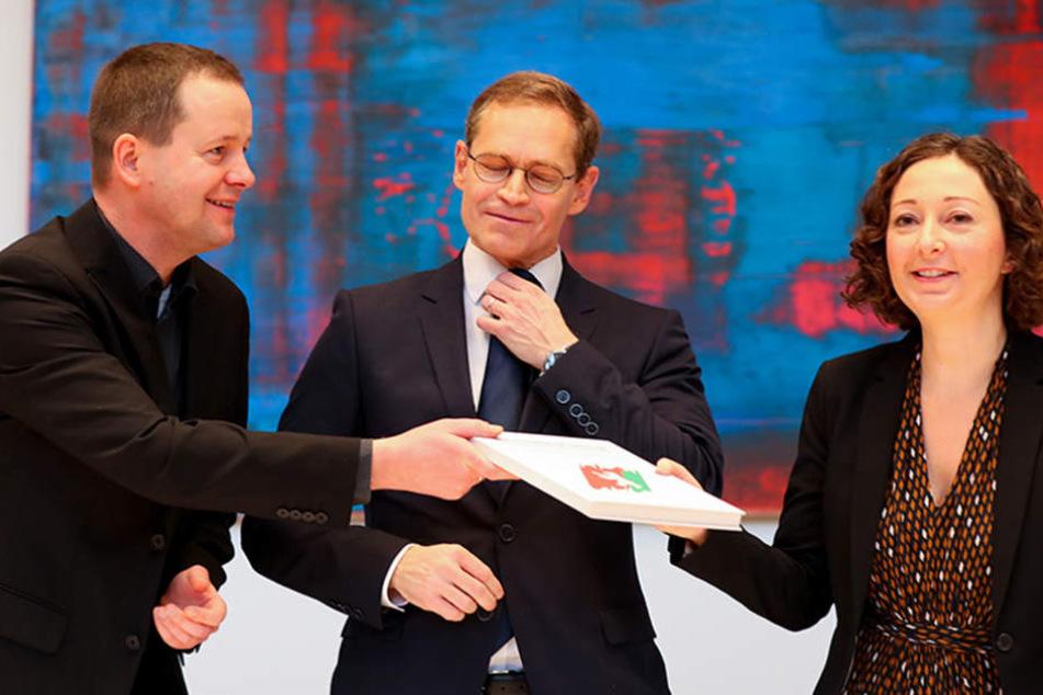 Ein Jahr Rot-Rot-Grün! So süß feiert der Berliner Senat sein Jubiläum