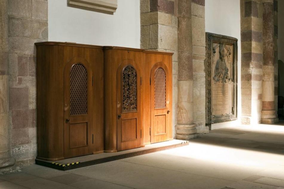 Ein Beichtstuhl in Oberfranken wurde schon zum zweiten Mal als Toilette missbraucht (Symbolbild).