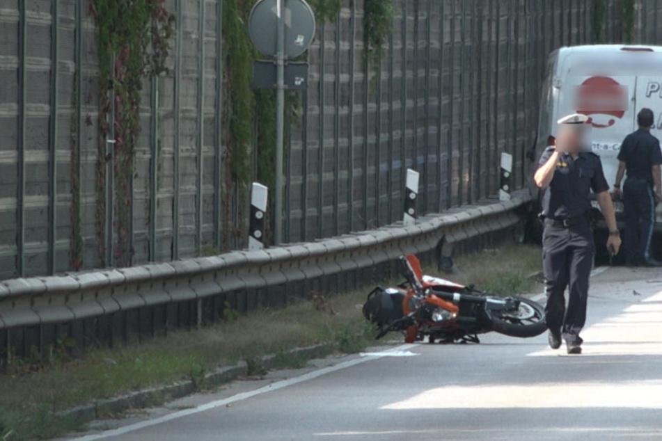 Der Fahrlehrer erlag seinen Verletzungen noch an der Unglücksstelle.