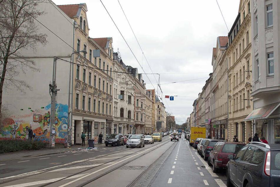 Dienstagnacht randalierten mehrere Unbekannte auf der Wolfgang-Heinze-Straße in Leipzig-Connewitz. (Symbolbild)