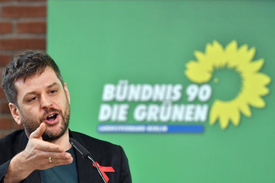 Der Berliner Grünen-Landeschef Werner Graf (38) kritisiert Sarrazins Islam-Kritik.