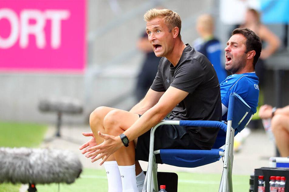 Trainer David Bergner (l.) und sein Co Sreto Ristic schimpften in der ersten Halbzeit wie die Rohrspatzen.