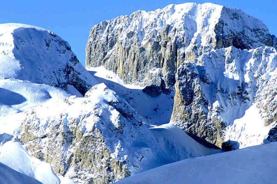 Eine Schülerin verstarb beim Skikurs in Norditalien.