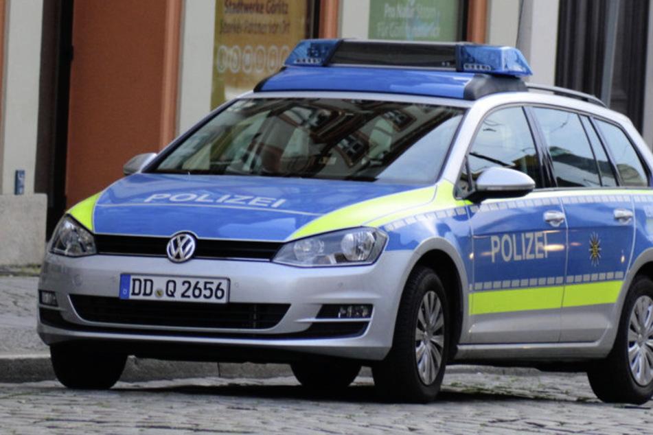 Die Polizei nahm den 39-Jährigen in Gewahrsam und fertigte Anzeigen gegen ihn. (Symbolbild)