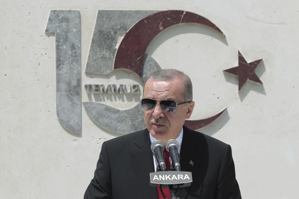 Erdogan am Jahrestag des Putschversuches.
